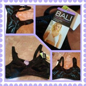 NWT! Brand new Bali Bra size 36 B.